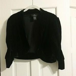Black velvet short jacket